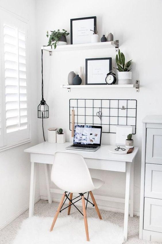 home office pequeno organizado